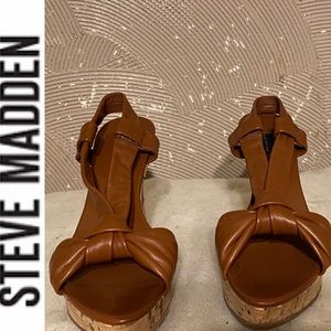 Steve madden leather knot wedges